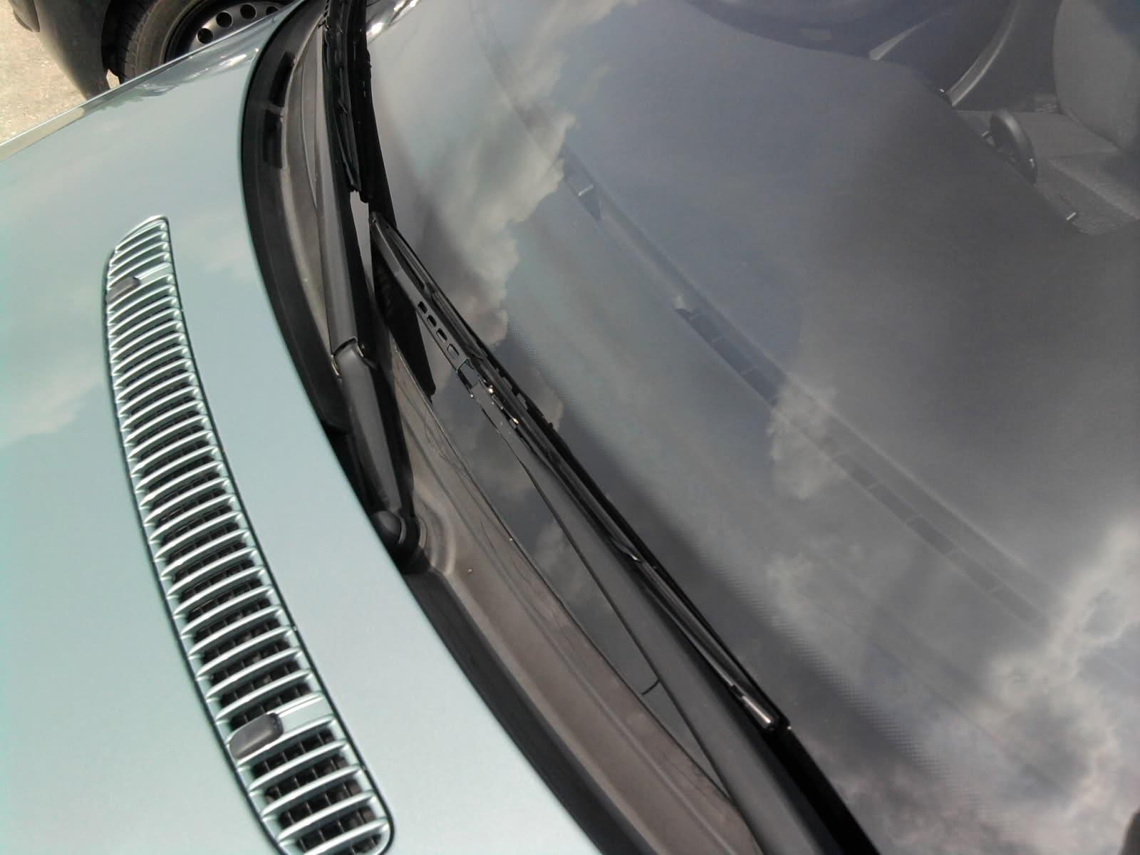 Wycieraczki samochodowe (2)